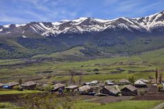 Bergby, Armenien Arkivbilder