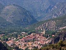 Bergby, franska Pyrenees Arkivbilder