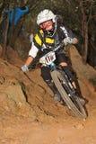 Bergcyklist Emmett Kelli - Enduro racerbil Arkivfoto
