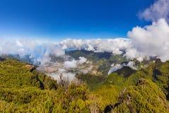 Bergdorf in Madeira Portugal stockbilder