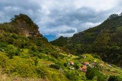 Bergdorf - Madeira Portugal lizenzfreie stockfotografie