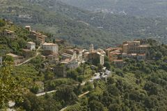 Bergdorf von Belgodere in der Nebbio-Region, Korsika, Frankreich Stockfotos
