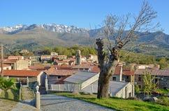 Bergdorp in het midden van Corsica stock foto