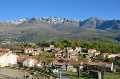 Bergdorp in het midden van Corsica stock foto's