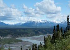 Berge über dem Copper River Stockfoto