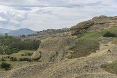 Berge, alte Ruinen und Felsenlandschaft Stockfotografie