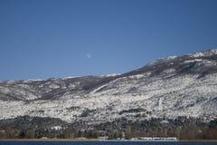 Berge auf dem Winter Lizenzfreie Stockfotos