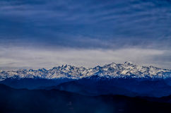 Berge Bandarpunch und Kalanag Lizenzfreie Stockbilder