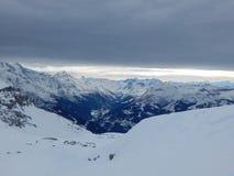 Berge in den französischen Alpen Lizenzfreie Stockfotos