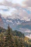 Berge in den Schweizer Alpen Stockfotos