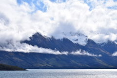 Berge, Flüsse u. Wolken Stockfotos