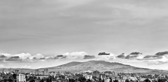 Berge hinter Addis Lizenzfreies Stockfoto