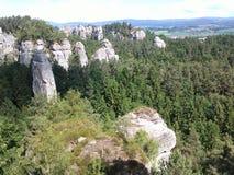 Berge im Holz Lizenzfreies Stockbild