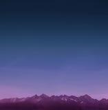 Berge mit Sternen Lizenzfreie Stockbilder