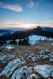 Berge am Sonnenuntergang Lizenzfreie Stockfotos