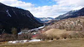 Berge um bergun, switserland genommen vom Rhatische Bahn Lizenzfreies Stockfoto