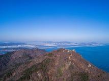 Berge und Meer Lizenzfreie Stockfotografie