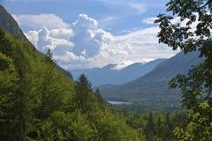 Berge und See Stockfotografie