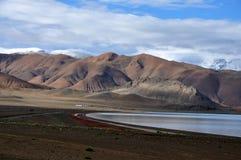 Berge und See stockfoto
