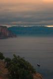 Berge und Seelandschaft Stockfotos
