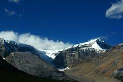 Berge und seitliche Moraine lizenzfreies stockbild