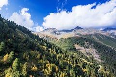 Berge und Spitzenlandschaft Stubaier Gletscher bedeckt mit Gletschern und Schnee, natürliche Umwelt Stockbilder