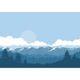 Berge und Waldnebelige Landschaft - schneebedeckte Spitzen lizenzfreie abbildung