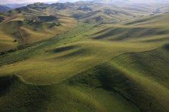 Berge von der Höhe des Vogelfluges. Stockfotografie