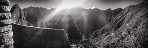 Berge von Machu Picchu lizenzfreie stockfotos