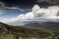 Berge von Süd-Kirgisistan Lizenzfreie Stockfotos