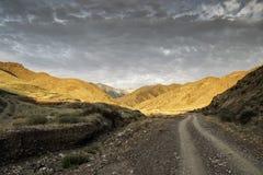 Berge von Süd-Kirgisistan Lizenzfreies Stockfoto