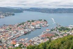 bergen Норвегия Ландшафт с гаванью Стоковые Изображения RF