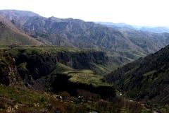 Bergen av Armenien - jordisk skönhet royaltyfria bilder