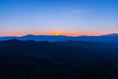 Bergen bij zonsondergang Royalty-vrije Stock Afbeelding