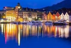 Bergen Bryggen alla notte Fotografia Stock Libera da Diritti