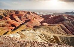 Bergen in de woestijn stock fotografie