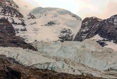 Bergen in de Zwitserse alpen Royalty-vrije Stock Foto's