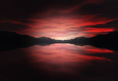 Bergen die zich aan de rivier uitrekken Stock Foto