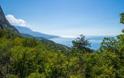 Bergen en het overzeese landschap Royalty-vrije Stock Foto
