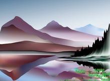 Bergen en meerlandschap Stock Fotografie