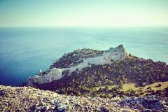 Bergen en overzees bij zonsondergang Het landschap van de Krim Royalty-vrije Stock Afbeelding