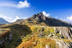 Bergen en piekenlandschap Stubaier Gletscher met gletsjers en sneeuw, natuurlijk milieu wordt behandeld dat Stock Foto