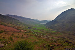 Bergen en weilanden Royalty-vrije Stock Foto's