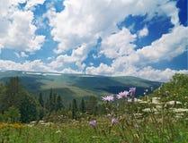 Bergen en Wolken Royalty-vrije Stock Foto