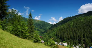 Bergen en Wolken stock video