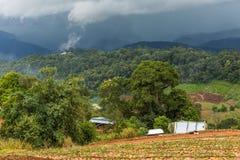 Bergen in het gebied van Mon Chaem van Chiang Mai, Thailand Royalty-vrije Stock Foto