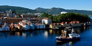 Bergen - la ville dans le fjord Images libres de droits