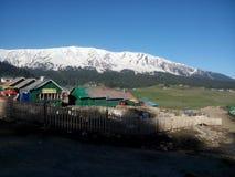 bergen met groen gebied Stock Foto