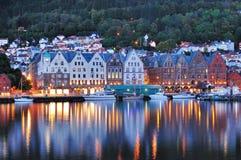 Bergen Night Scene, Norvegia Fotografie Stock Libere da Diritti