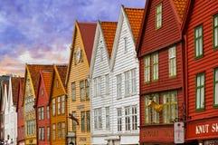 BERGEN NORGE - AUGUSTI 02: UNESCOvärldsarv - Bryggen Arkivbild